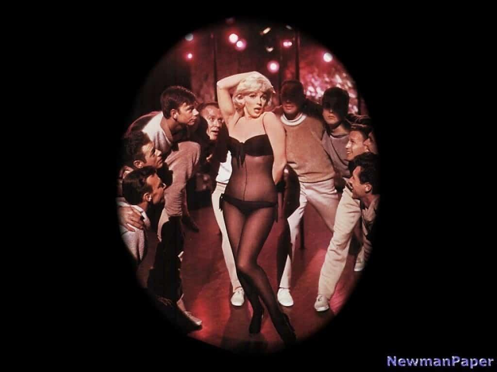 Marilyn-Monroe-marilyn-monroe-16359912-1152-864