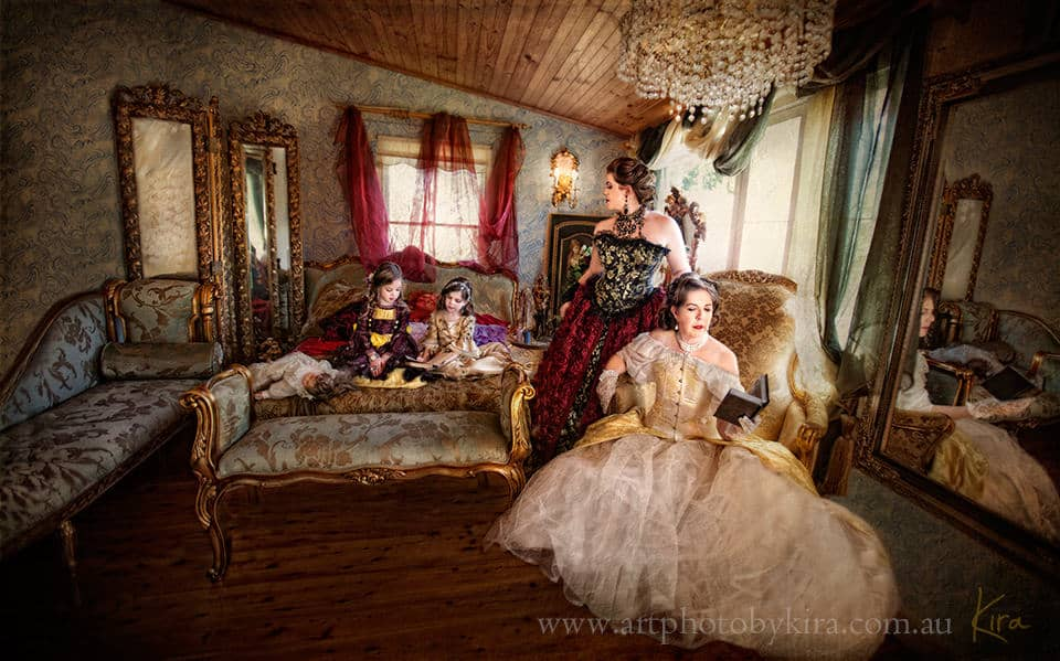 Marie Antoinette Rokoko inspired family portrait