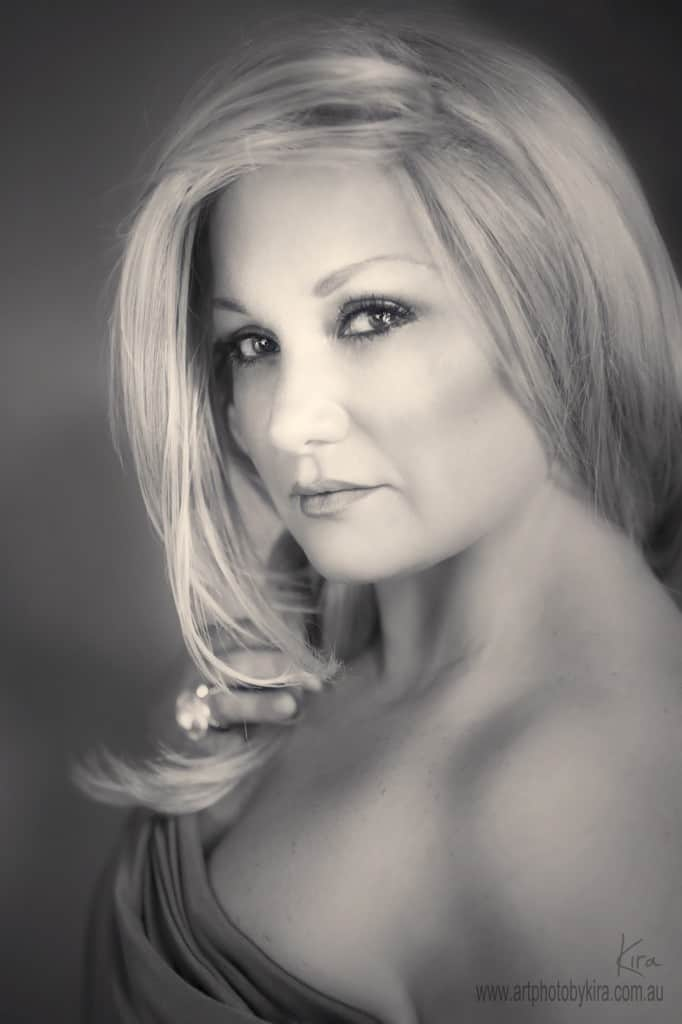 photographing curves glamour photography