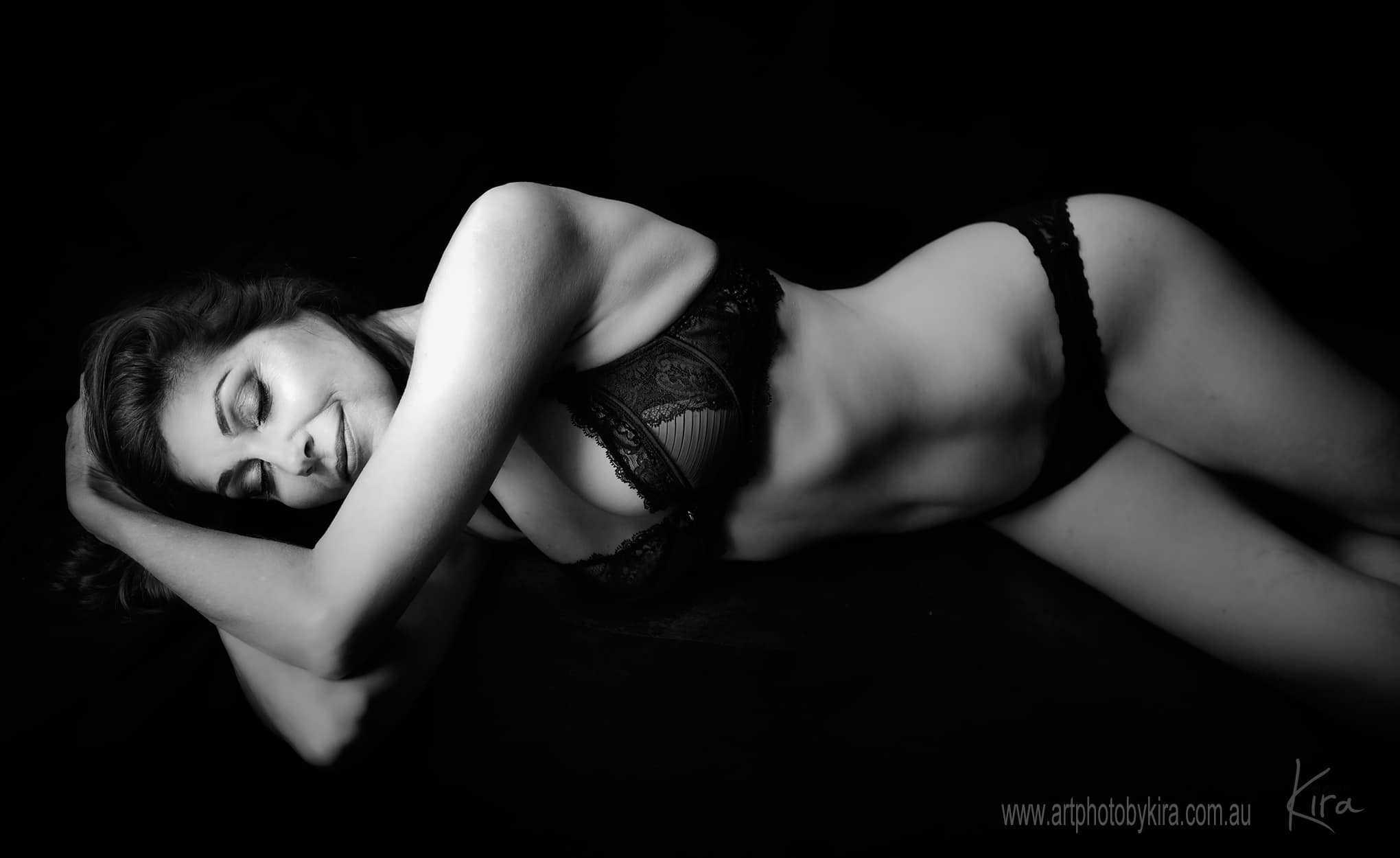 boudoir photographer photo