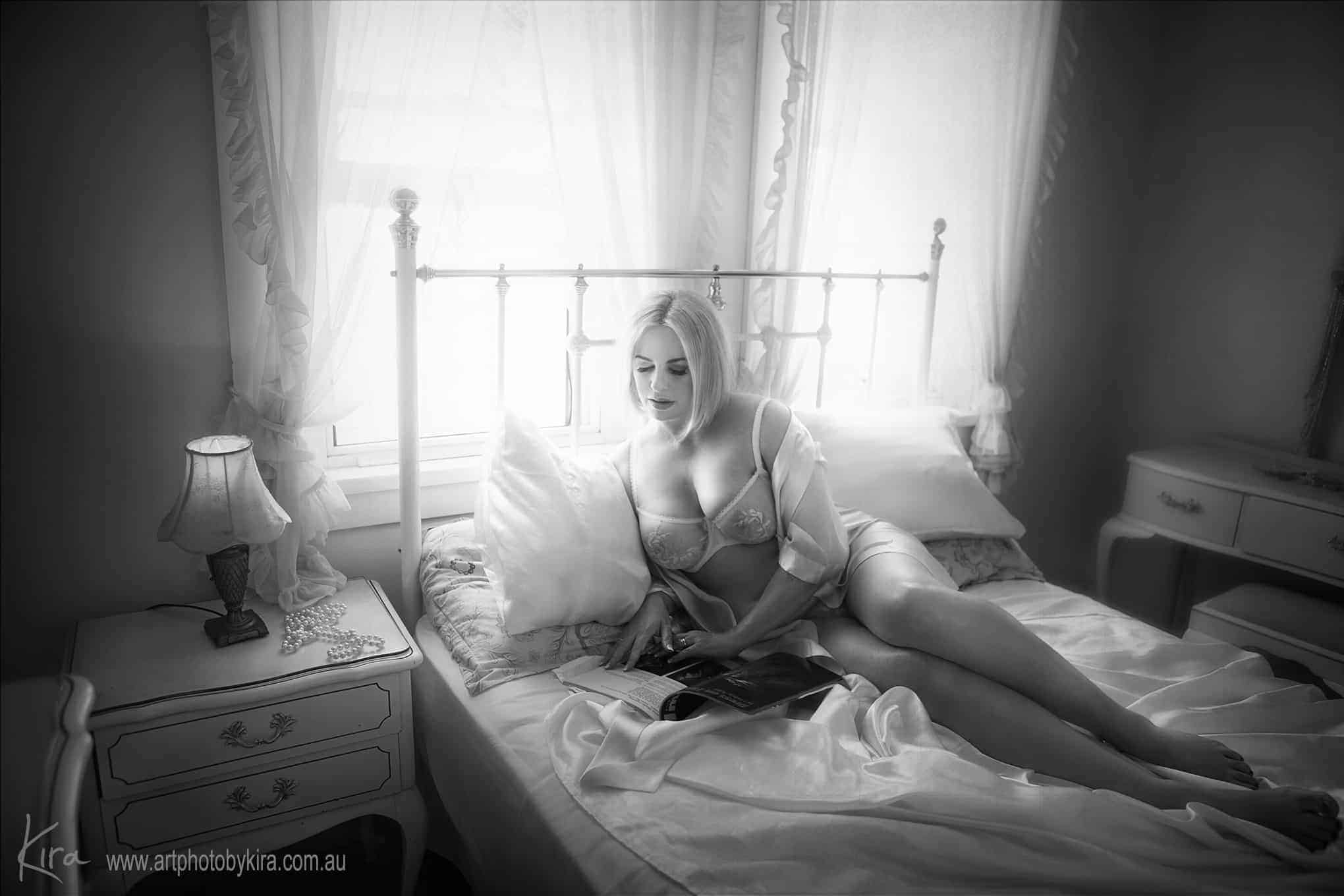 story telling boudoir photography