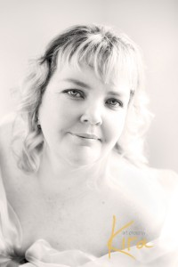 posing glamour and boudoir at workshop