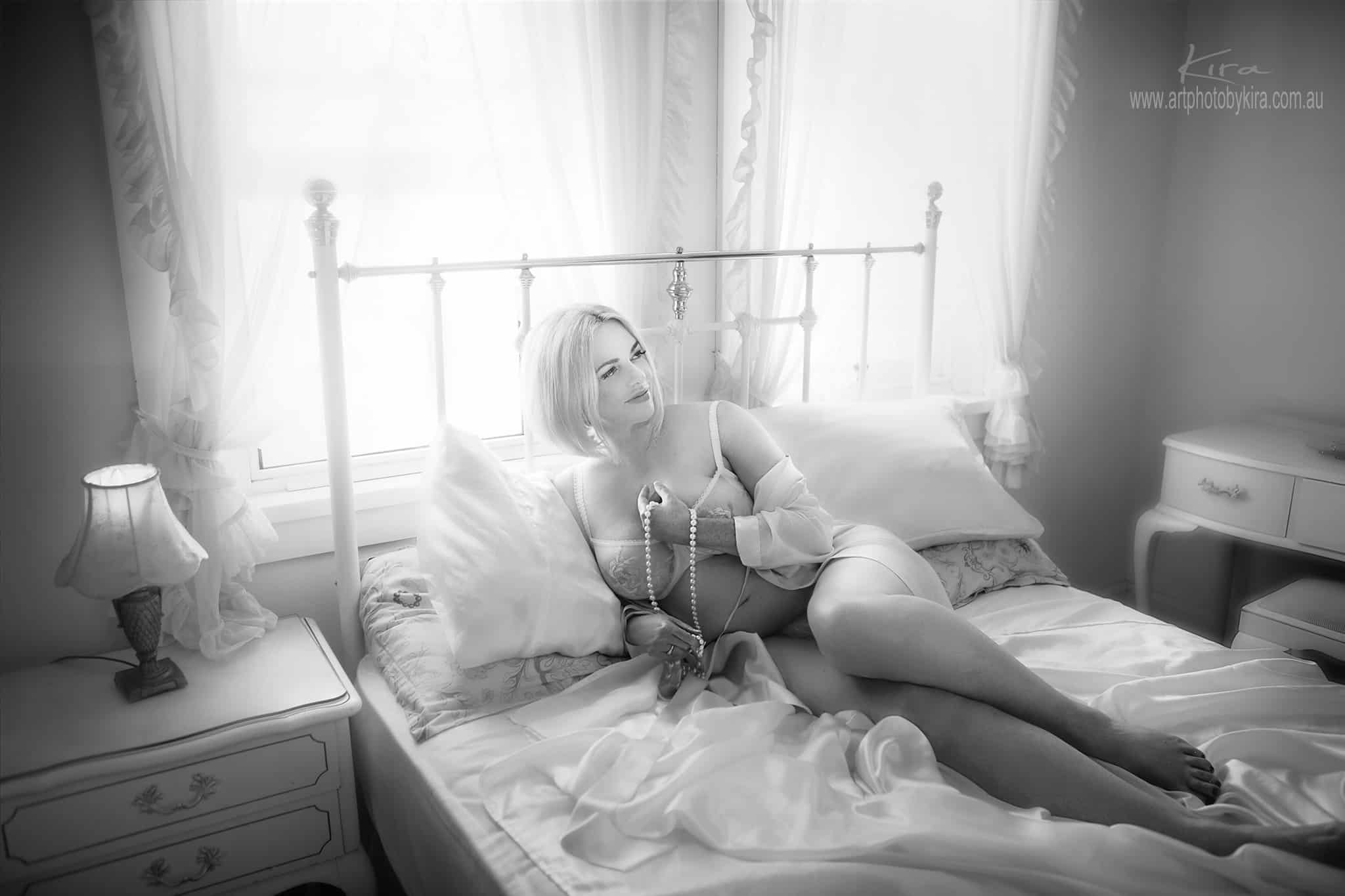 photographing curves boudoir photography